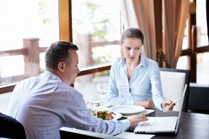 Как провести деловой обед с клиентом