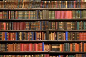 9 книг, которые должен прочитать каждый