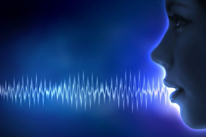 4 упражнения для развития голоса, после которых вас захотят слушать часами