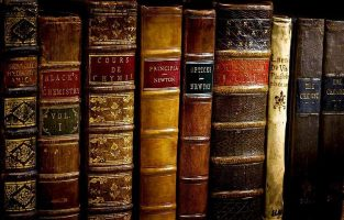 Мужская библиотека: 7 книг, обязательных к прочтению