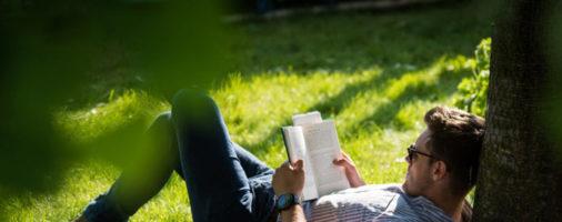 """8 книг для """"прокачки себя"""""""